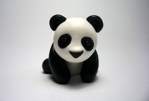 панда из полимерной глины